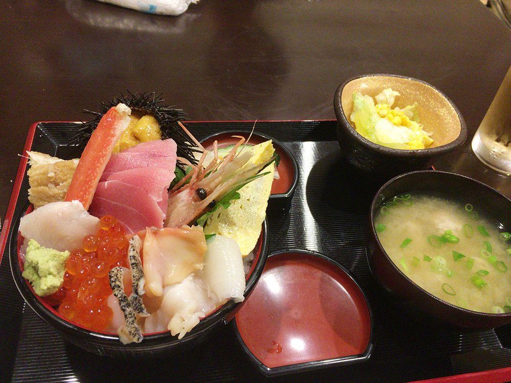 いわき市の海鮮丼